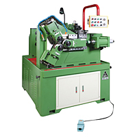 3-die thread rolling machine is specially designed for tubular processing. Equilateral triangle supports running to assure the roundness.